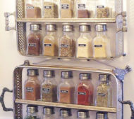 DIY-spice-rack-from-trays-hanging